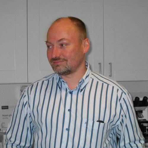 Dr. Dirk Nösler
